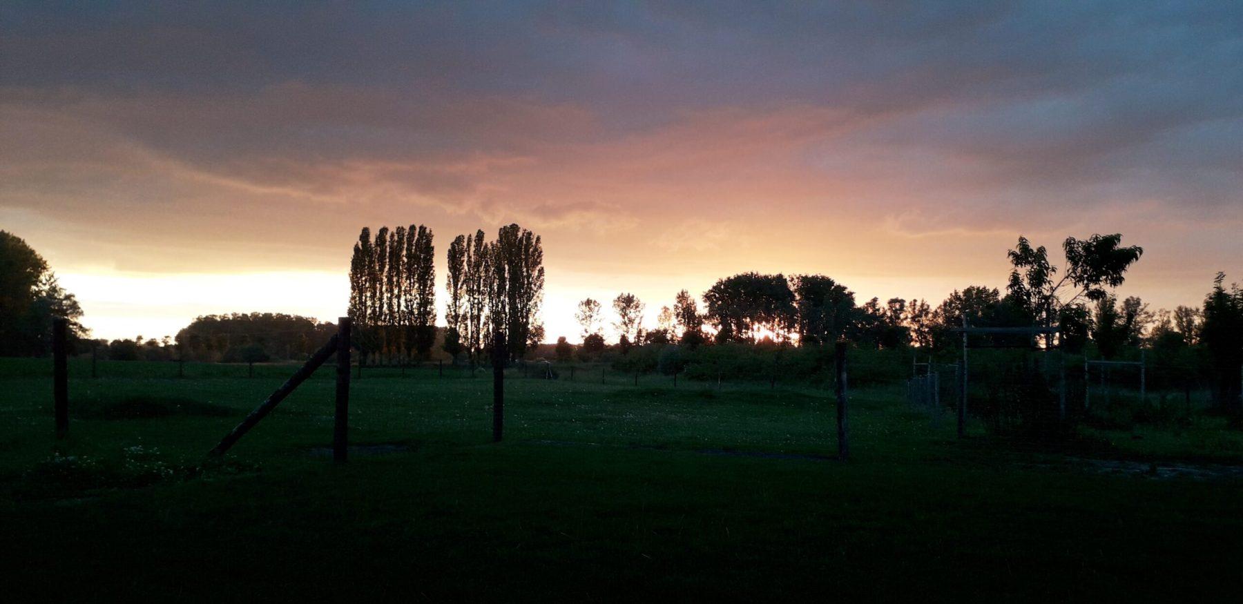 uitzicht-zonsondergang-scaled